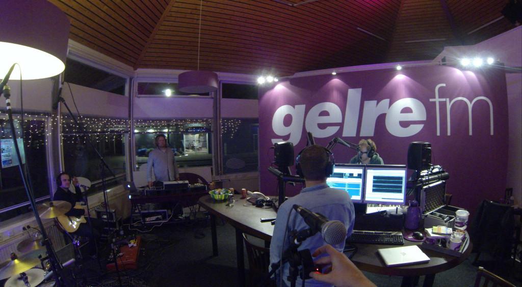 In de studio bij GelreFM